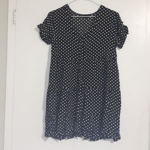 Black dress, white polka dots dress